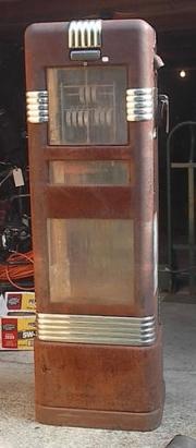 Bowser 555 display Jack Sim