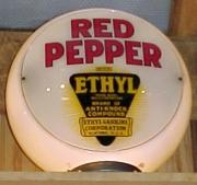Red-Pepper-ethyl-on-glass