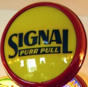 Signal-Purr-Pull-1932-1933-15in-metal