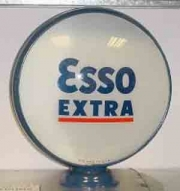 Esso-Extra-underlined-1952-to-1972-15in-metal