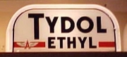 Tydol-Ethyl-red-1946-to-1947